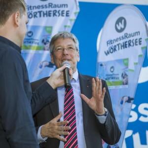 Landeshauptmann Dr. Peter Kaiser beim Interview